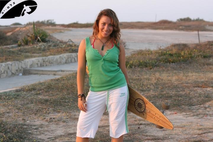 surfer girl - Skate Bar...