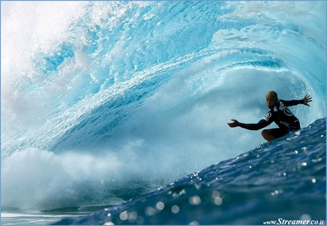 "<font color=""#003366""><strong><font color=""#5b0000"">Slater wants double.</font> Despite a few hip and lower back injuries, Kelly Slater is ready to attack the 12th world surfing title. Slater believes that there should be premium surf spots delivering double points on the ASP World Tour. <a href=""http://streamer.co.il/news/view/531/"">Click here to read</a></strong></font>"