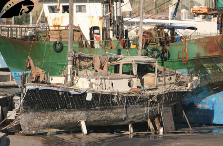 Marina Ashqelon - Artistic Ship Wreck