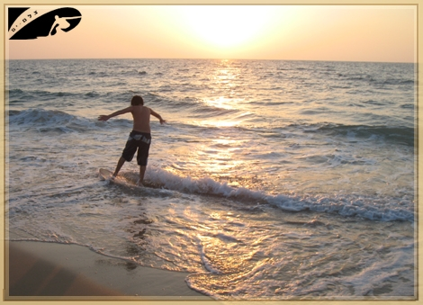 There is allways something to surf on....Gute 07