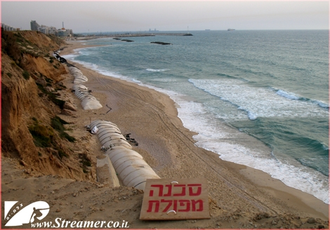 Ashqelon cliff is geting higher each passing year, The nature elements are griding the sand stone of the clif 30-50 cm. each year. the solution would be an artificial reef.