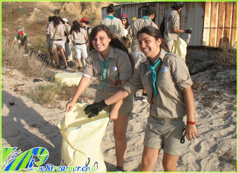 "<div align=""center""><font color=""#008000""><strong>The Green Beach initiative and ashkelon scouts (Zofim) are cleaning the beach of ashkelon, Tuesday 01.06.2010. Click on main photo to watch the photo album and <a href=""http://streamer.co.il/news/view/166/"">watch the coverage clip</a> :-)<br /></strong></font></div>"