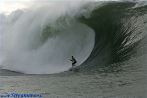"<font color=""#333333""><strong>Benjamin Sancho the winner of Irland Tow-Inn Surfing competiton in a Gigantic wave. Click here for the <a href=""http://streamer.co.il/news/view/234/"">results and watch the Video clip</a></strong></font>"