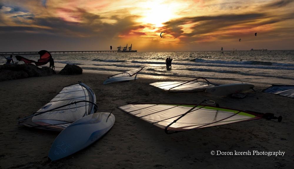 רגע לפני שקיעה בשדות ים-2012
